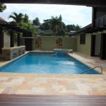 travertine-tiles-Jamaica-poolside