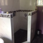 porcelain-tile-in-jamaica-bathroom
