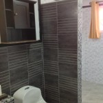 bathroom wall tiles in Jamaica ceramic